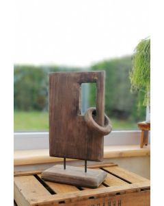 Holzobjekt Fenster, ein Ring